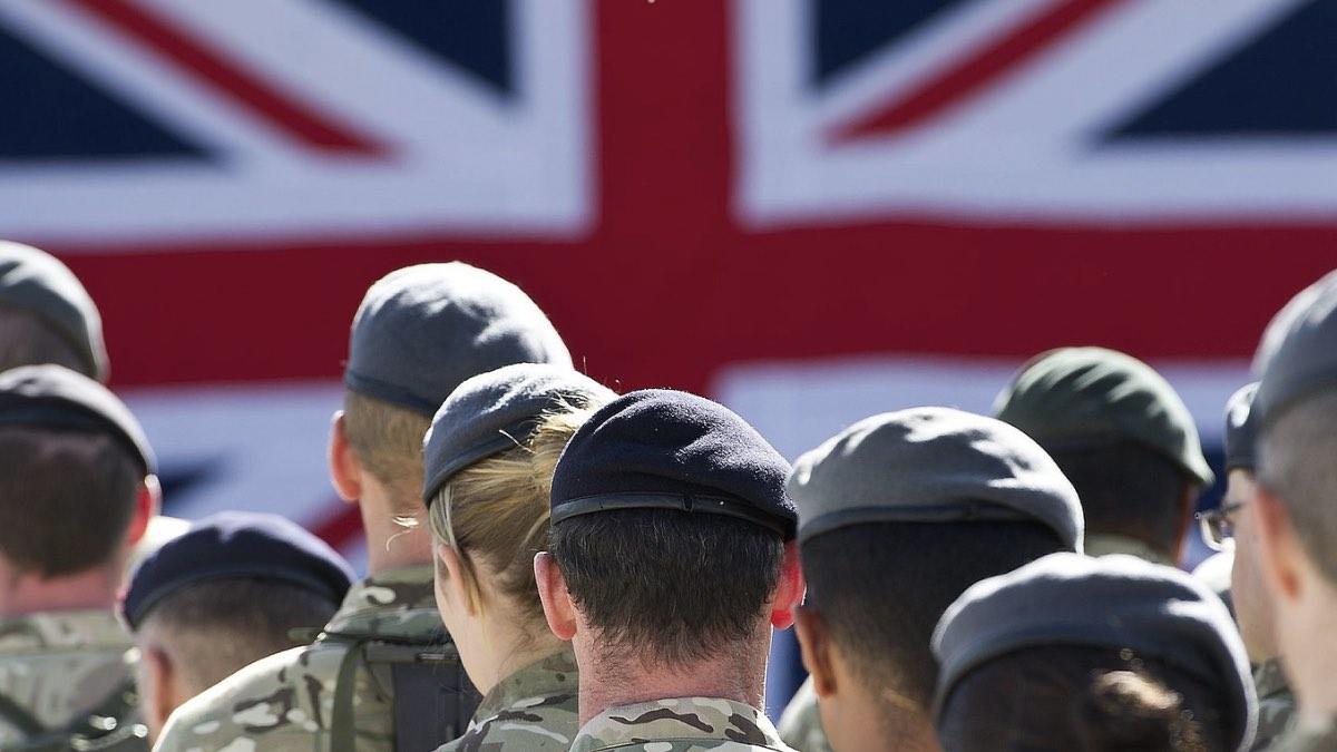 британские военные флаг британии