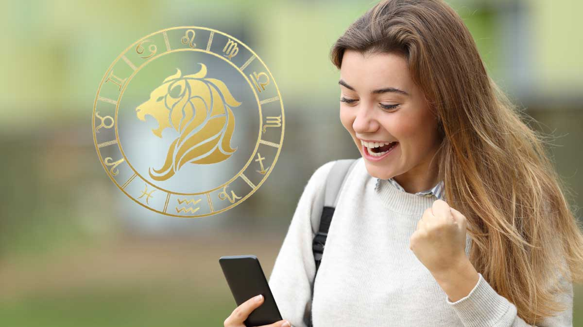 девушка смотрит в телефон радость знаки зодиака