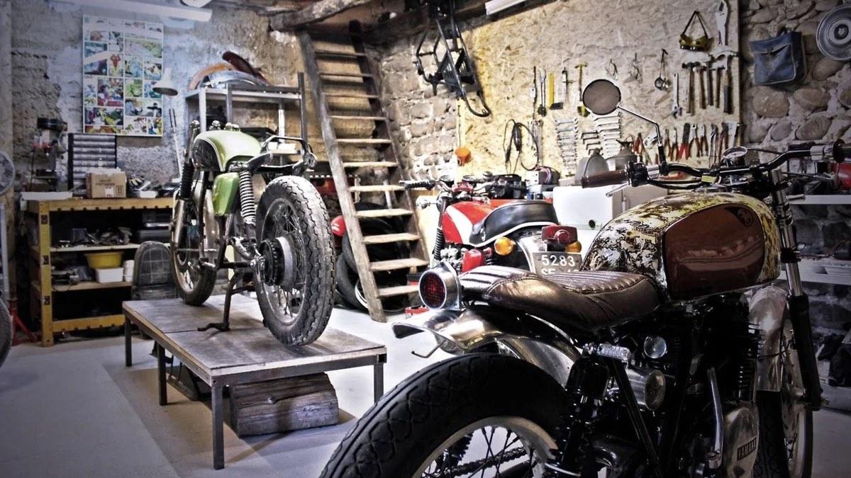 гараж мастерская мотоциклы