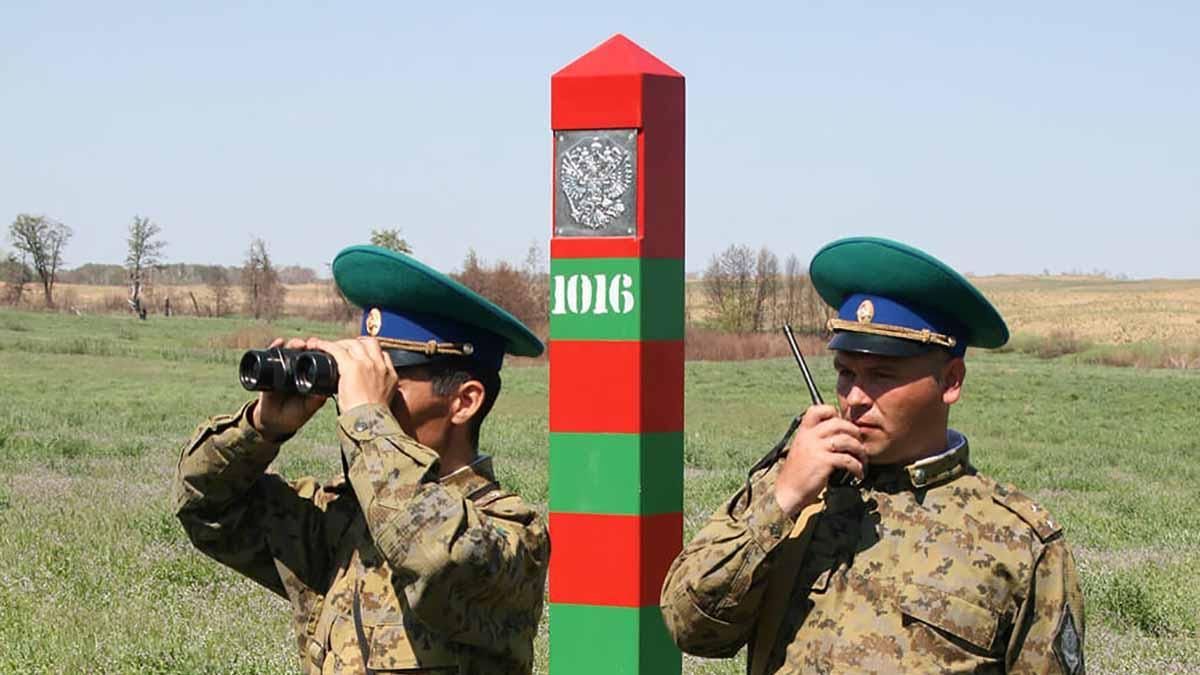 российские пограничники в дозоре