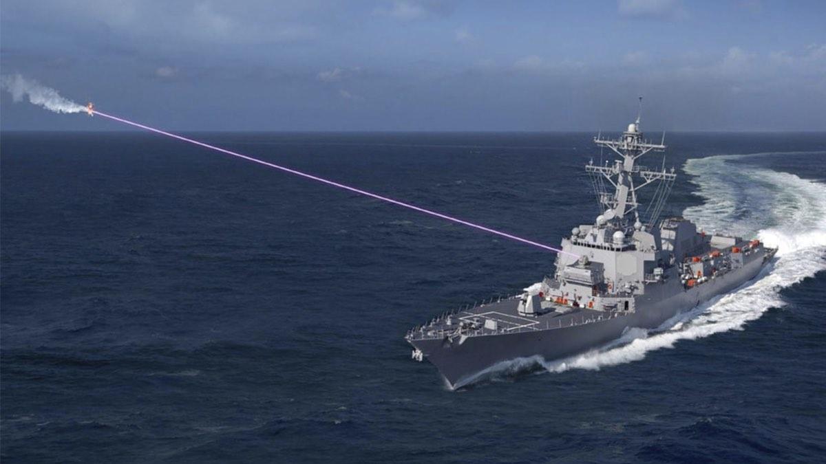 Концепт лазерной системы HELIOS на борту американского эсминца
