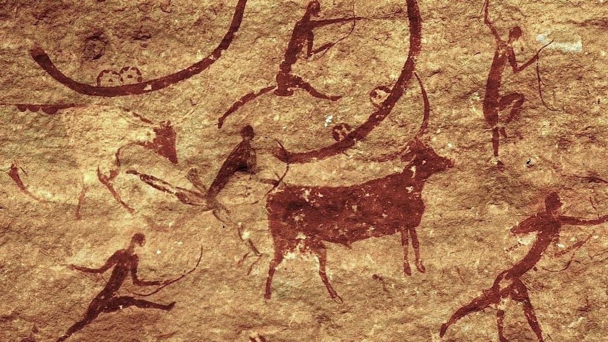 наскальные рисунки в пещере