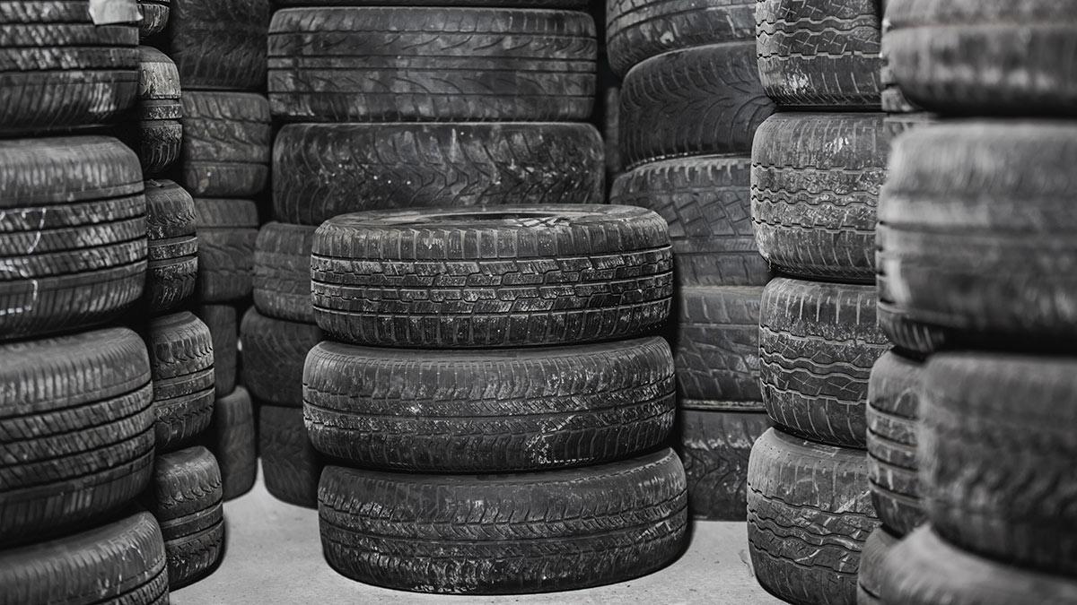 подержанные б/у шины на складе