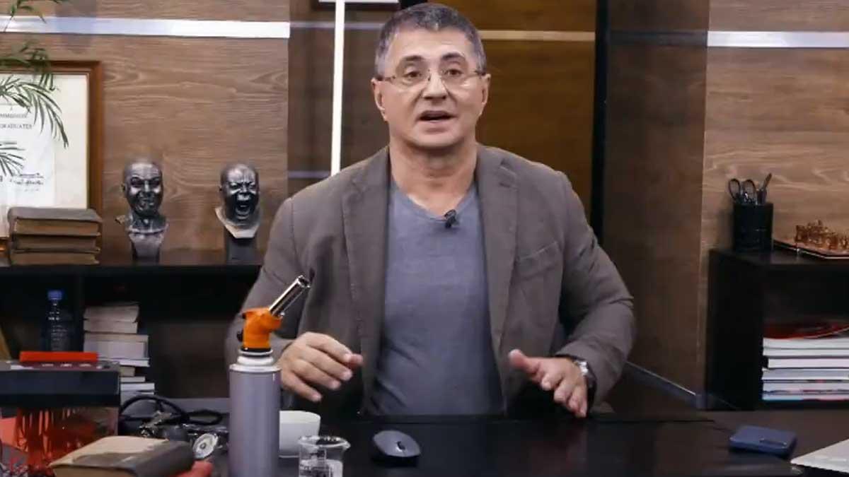 врач и телеведущий Александр Мясников