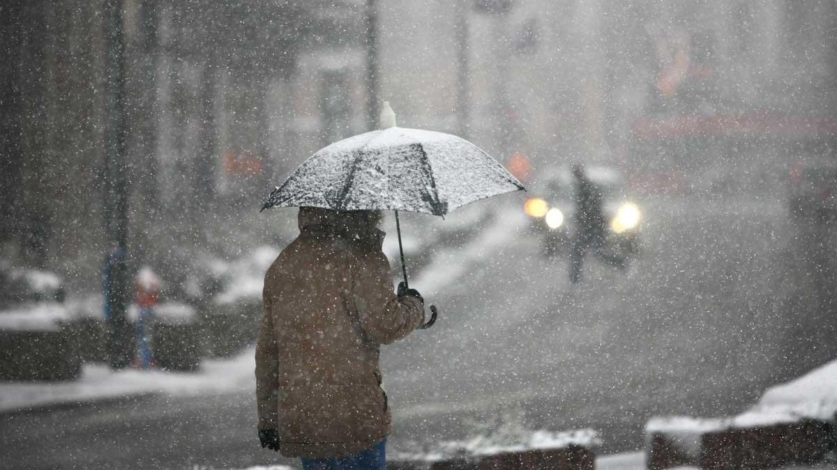мокрый снего плохая погода зонтик
