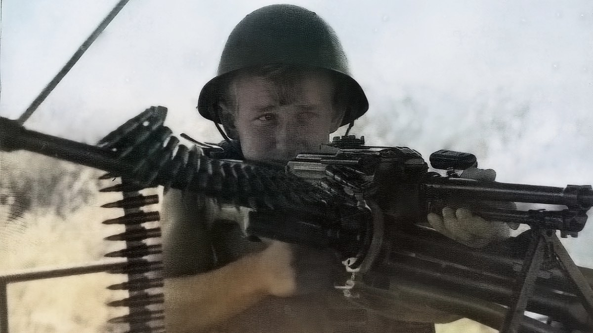 Советский солдат, вернувшийся из Афганистана