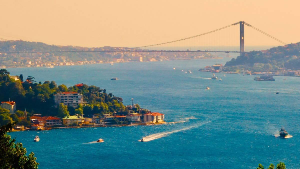 Стамбул Турция пролив Босфор