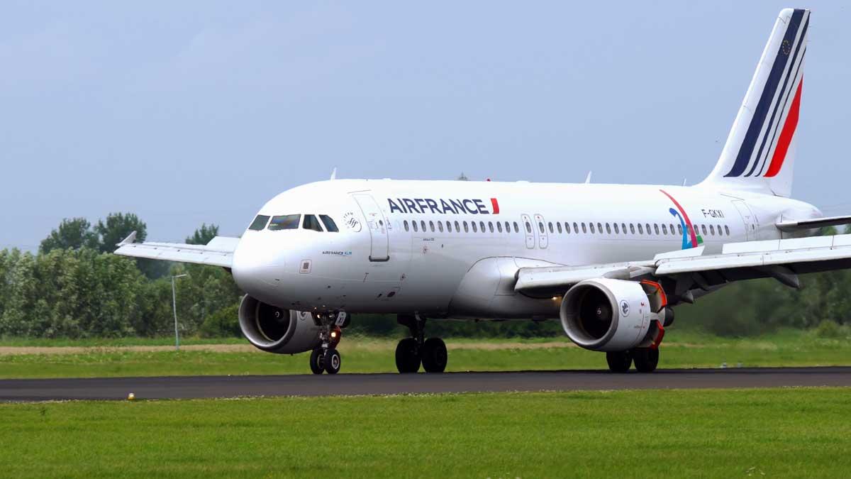 Авиакомпания AirFrance самолет