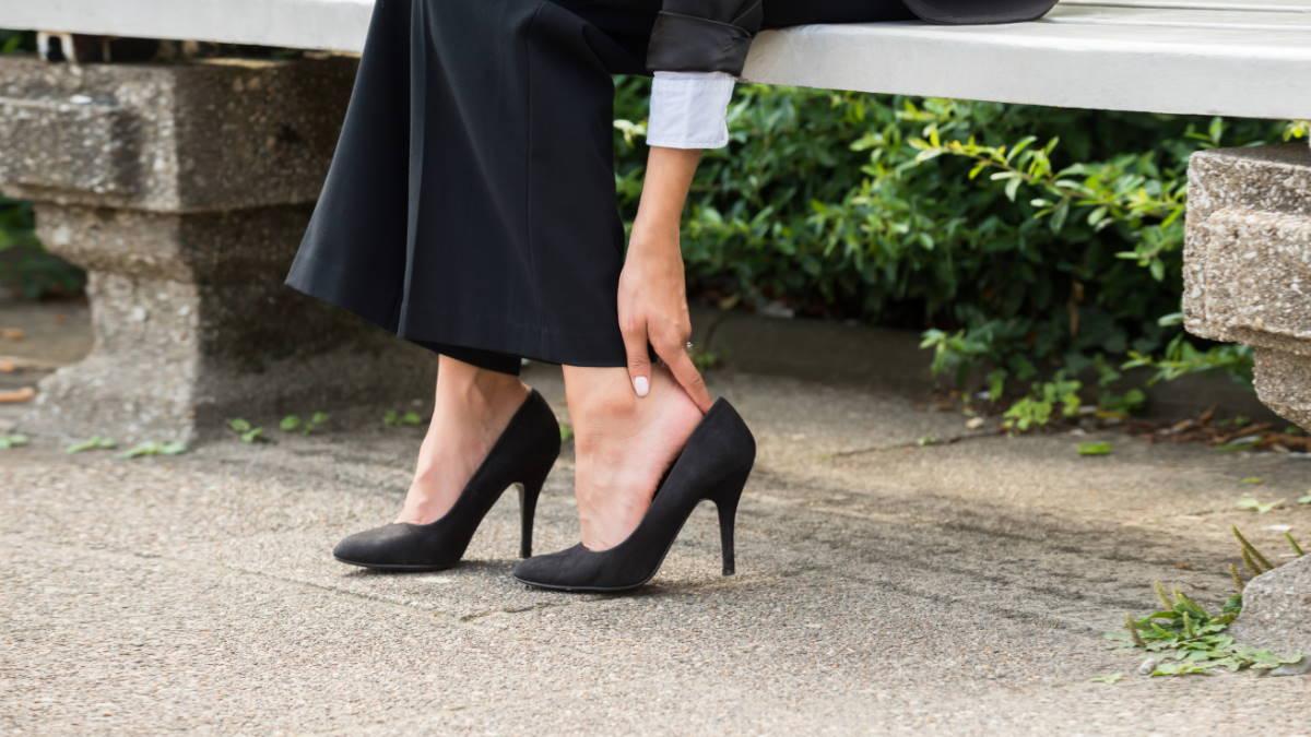 Неудобные туфли натирают