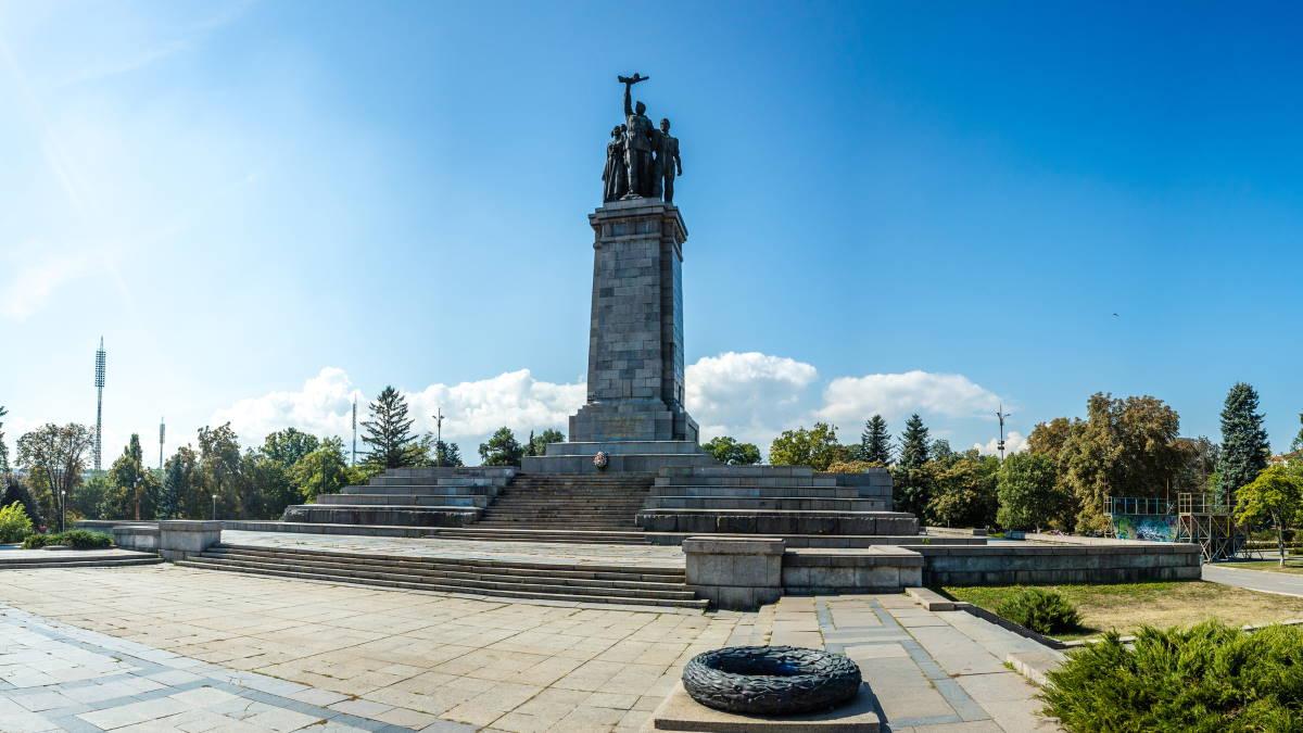 Мемориал памятник Советской армии в Софии
