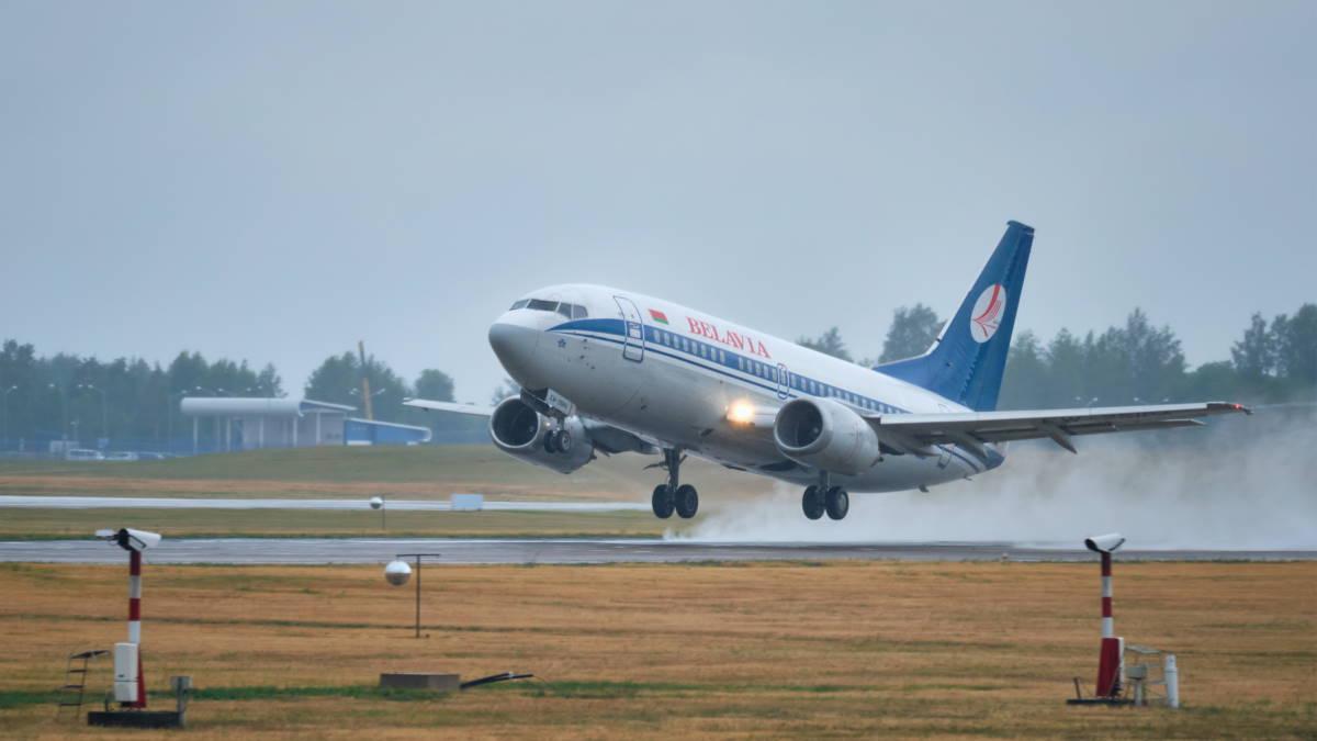 Самолёт Boeing 737-500