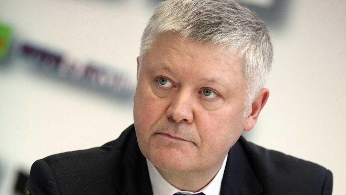 Депутат Василий Пискарев