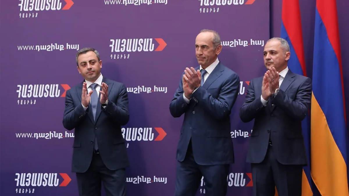 Ишхан Сагателян Роберт Кочарян и Ваге Акопян