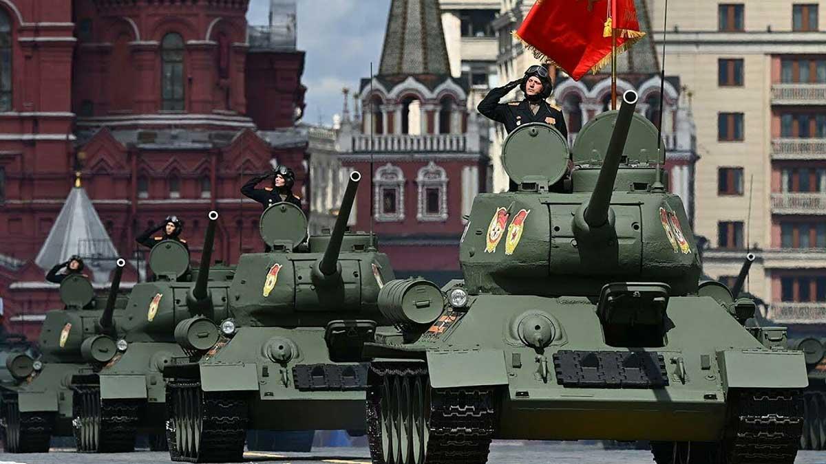 Танки парад Красная площадь