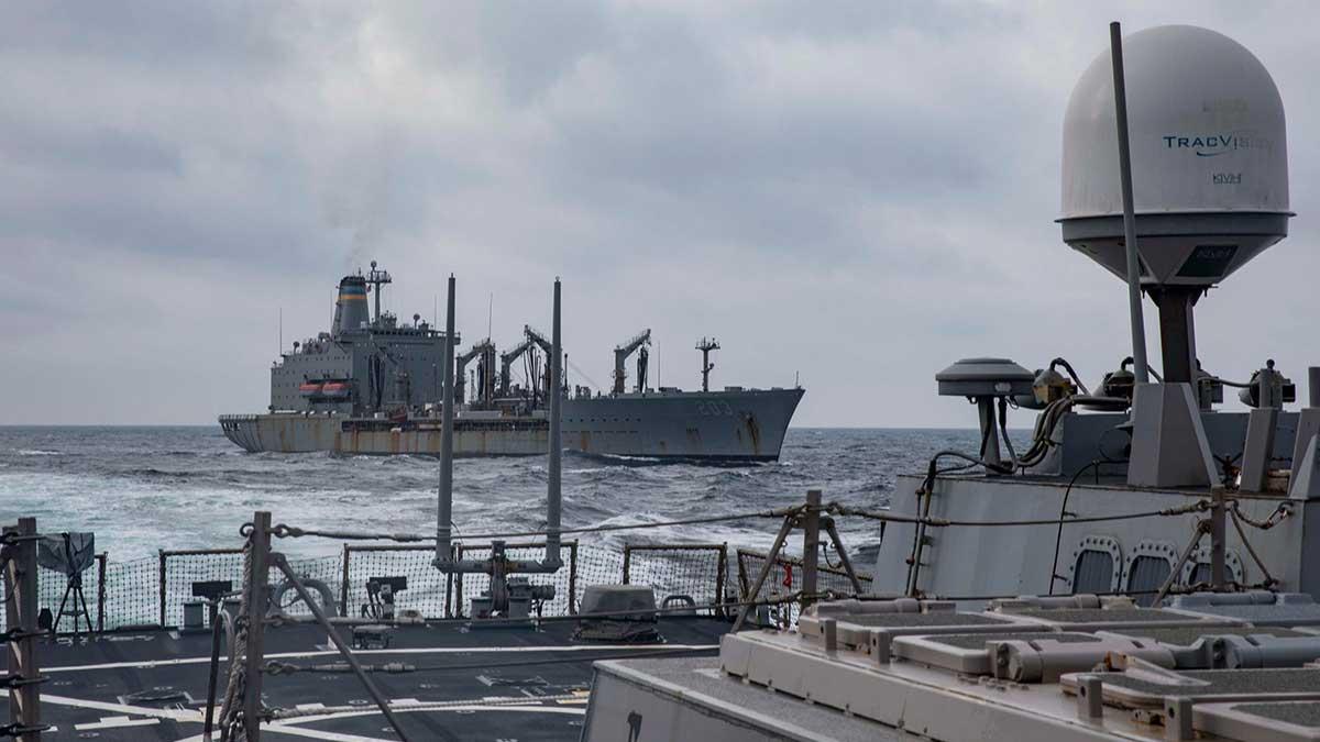 Украинский флот провел учения с ракетными эсминцами ВМФ США