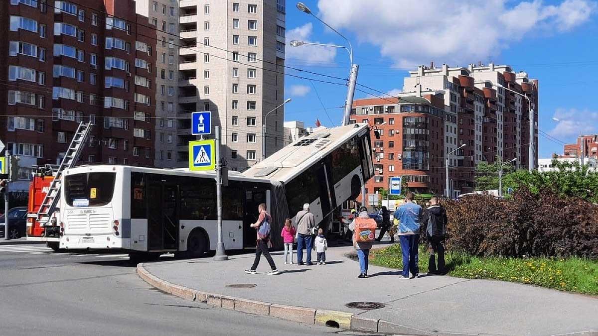 авария автобус дтп