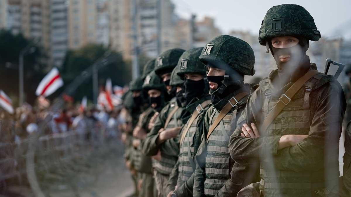 военный Белоруссия люди флаги