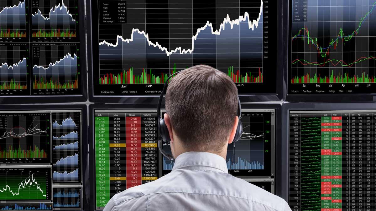 мужчина спина графики акции биржа