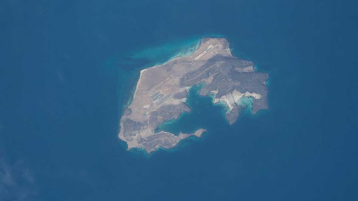 остров Маюн