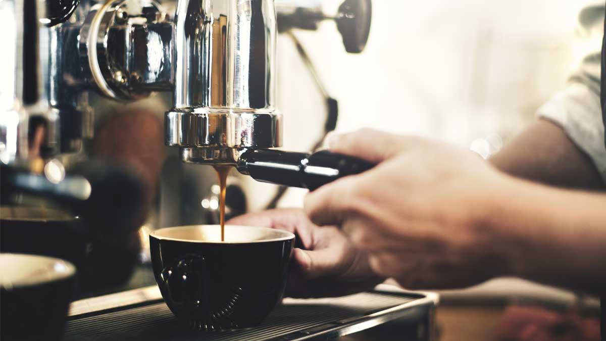 приготовления кофе Концепция услуги приготовления