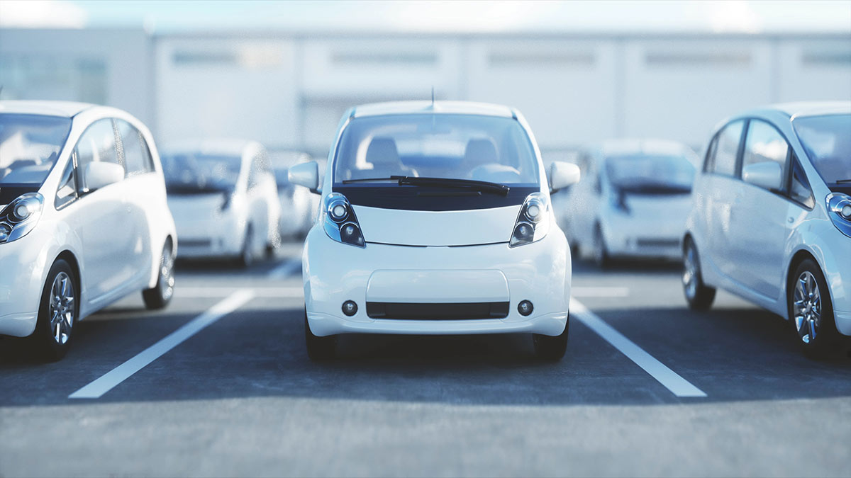 электромобили на парковке продажа