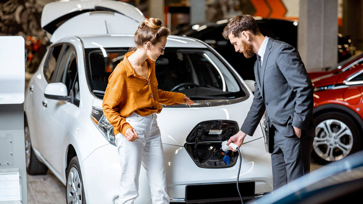 продажа электромобиля