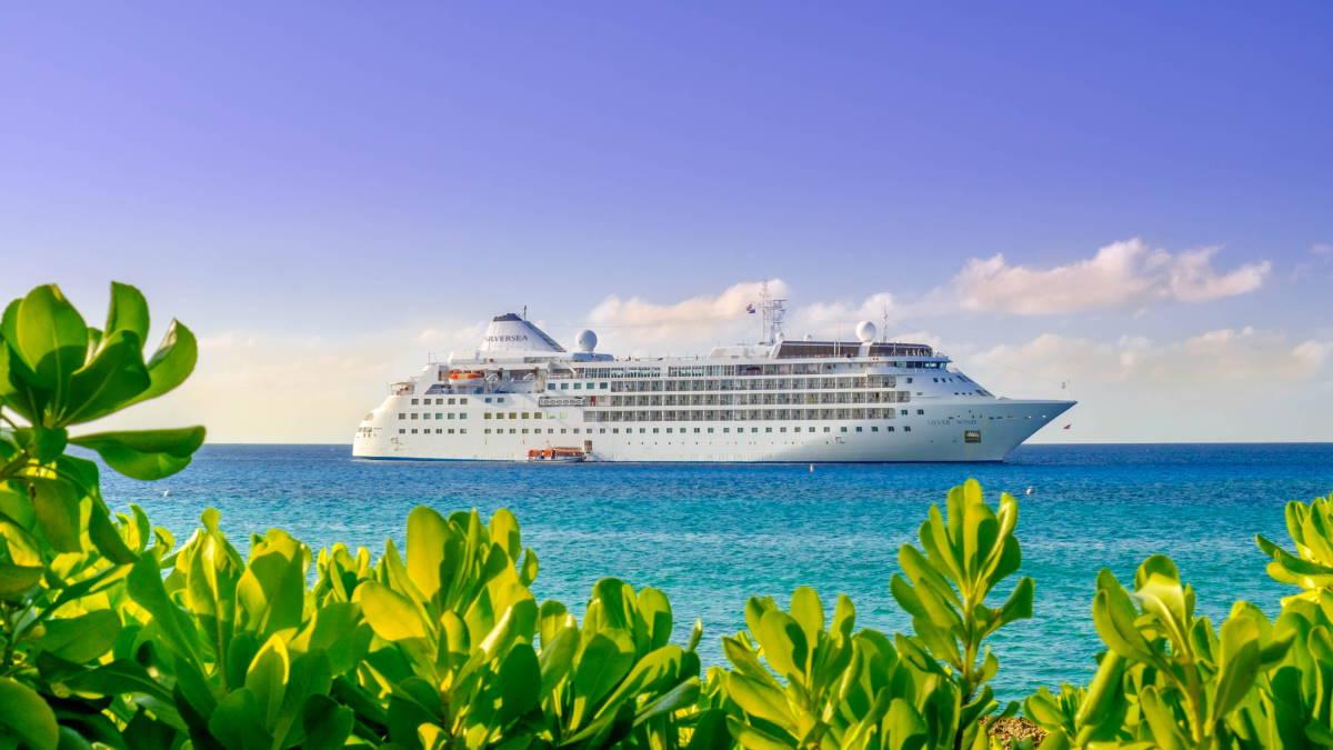 Круизный лайнер Silver Wind тропики туризм