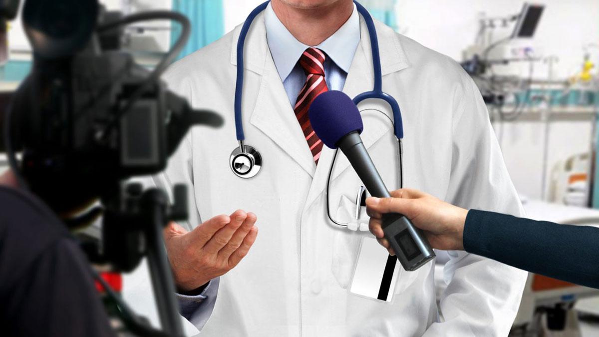 врач выступает для телевидения