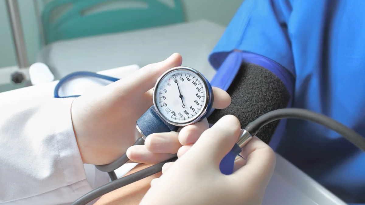 Кровяное артериальное давление тонометр