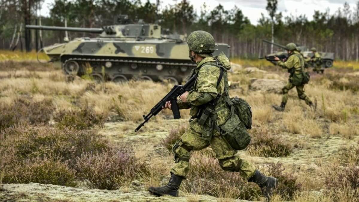 Россия военные учения