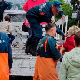 В Крыму началась эвакуация жителей популярного курорта