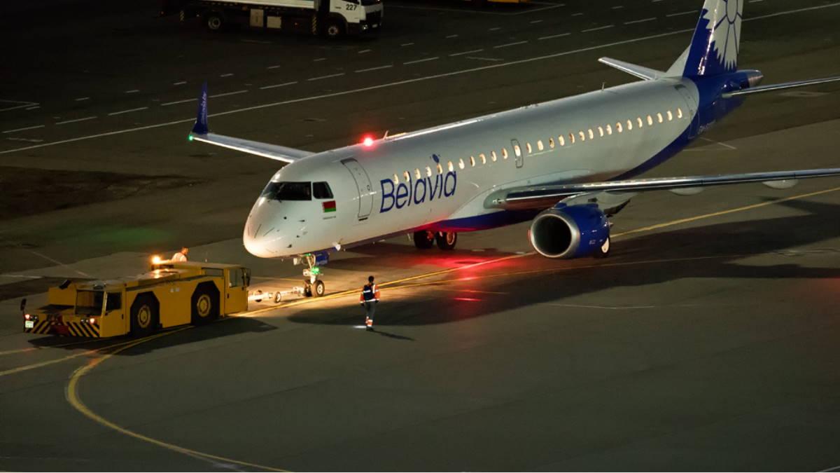 Самолёт авиакомпания Belavia Белавиа