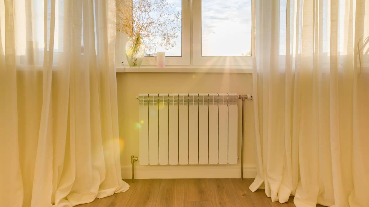 Батарея радиатор отопление отопительный сезон