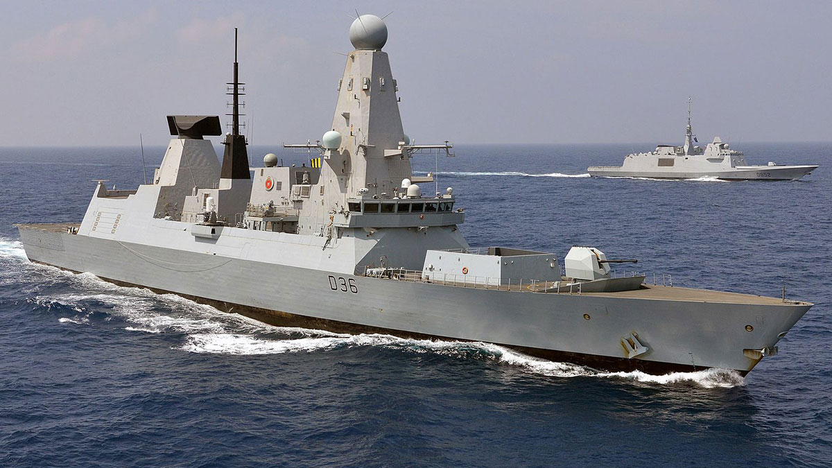 HMS DEFENDERБританский эскадренный миноносец типа 45