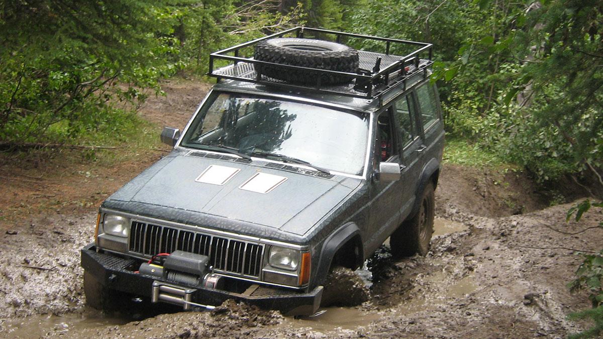 Jeep Cherokee (XJ) джип внедорожник