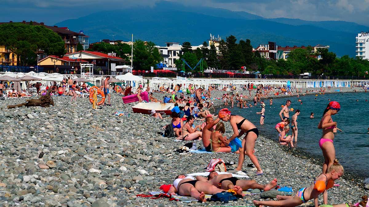 Краснодарский край галька люди пляж море