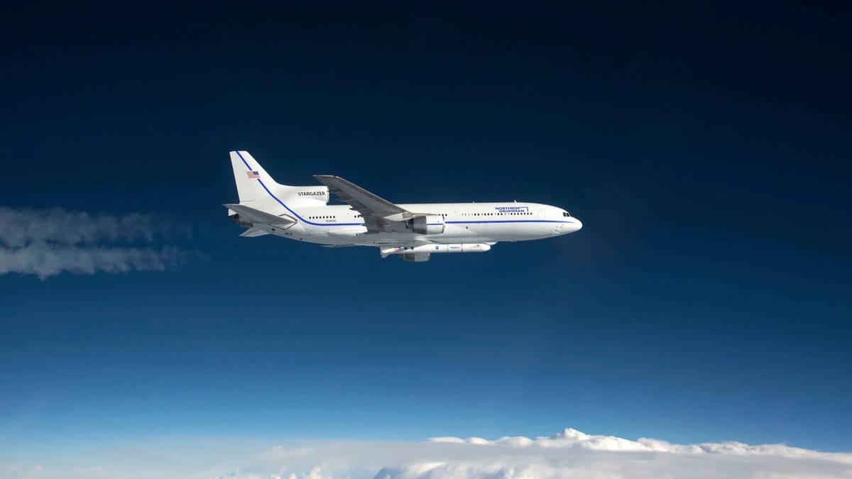 Lockheed L-1011 TriStar - Stargazer с ракетой Pegasus XL