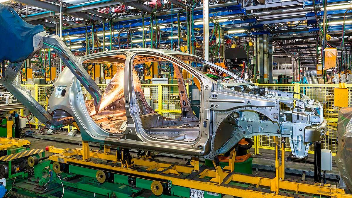 Руководитель АвтоВАЗа объявил опланах повыпуску неменее дорогих авто