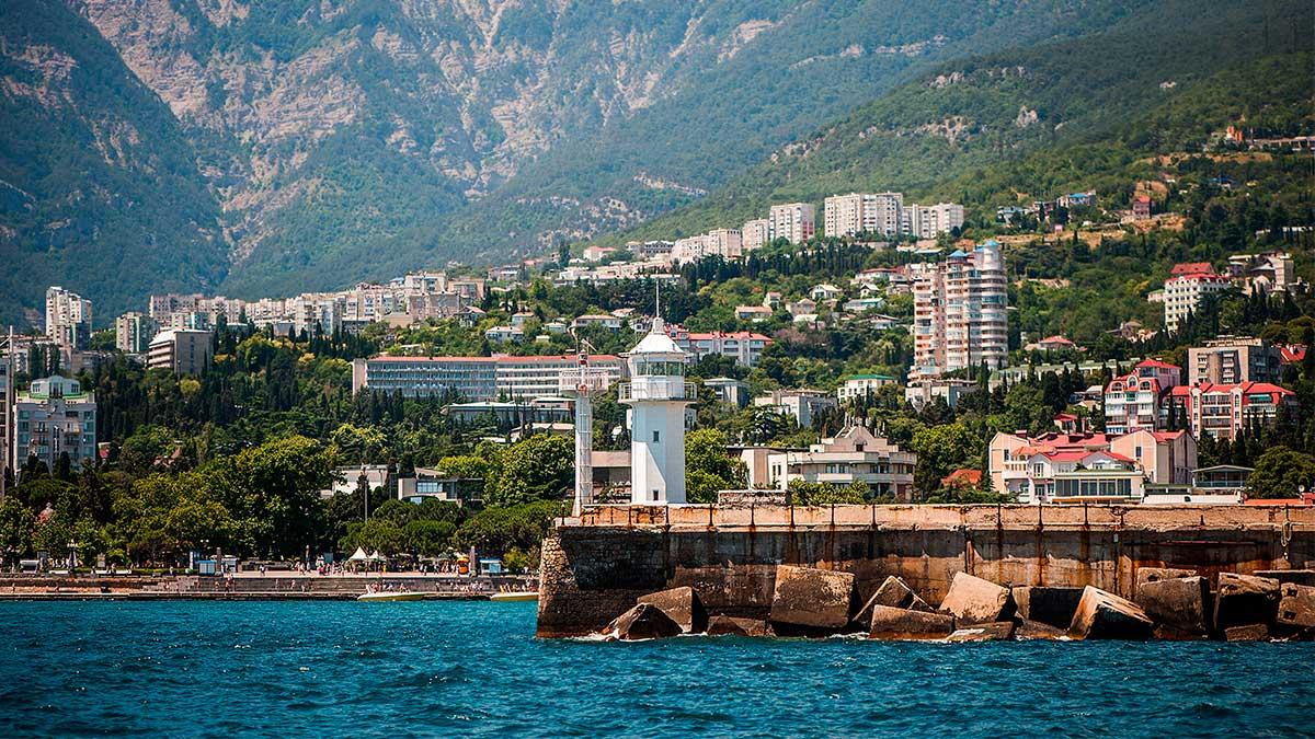 Ялта Курорт и порт на Южном берегу Крыма