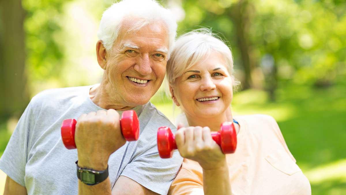 фитнесс пожилая пара