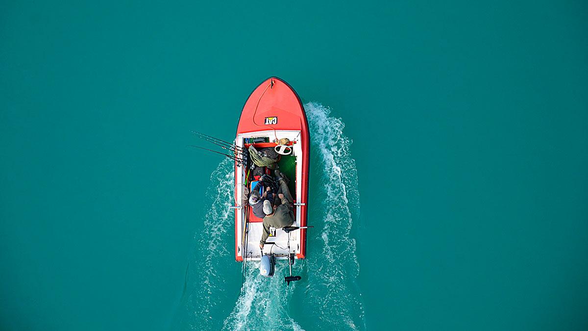 лодка река удочки