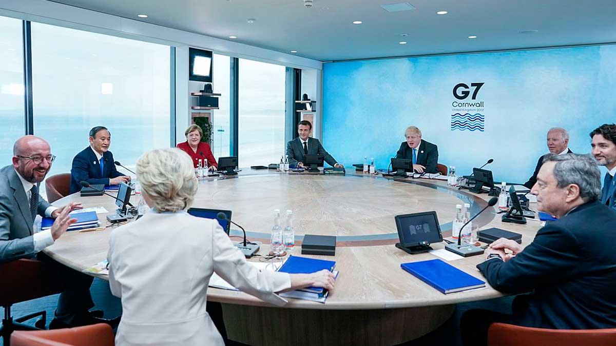 meeting G7 совещание