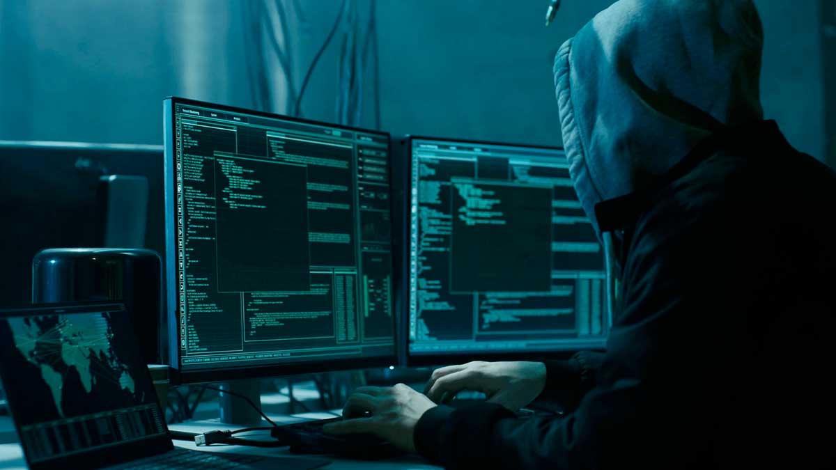 мужчина вирус хакер компьютер мониторы