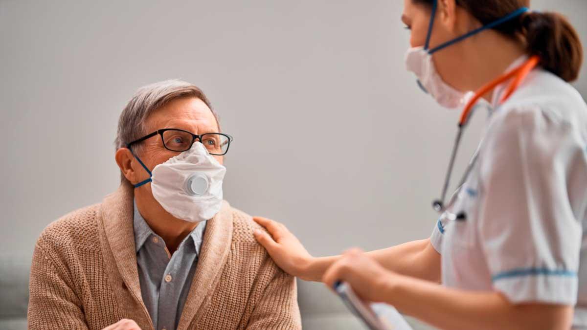 мужчина женщина врач маски рука
