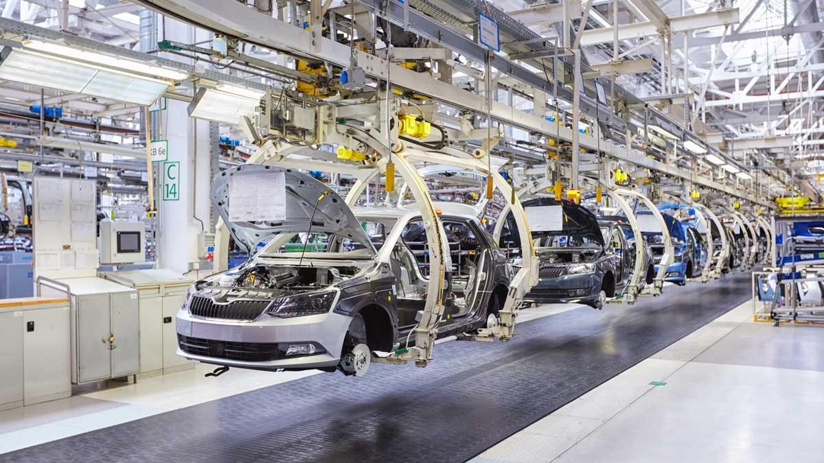 производство автомобилей конвейер