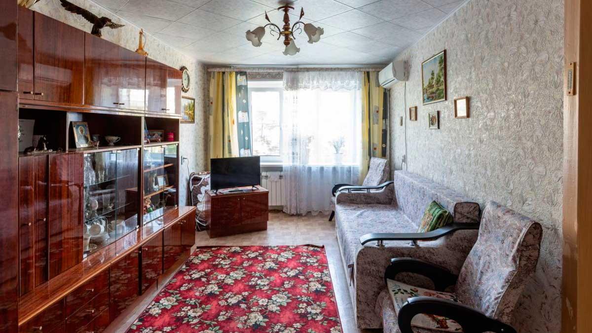 простая старая квартира