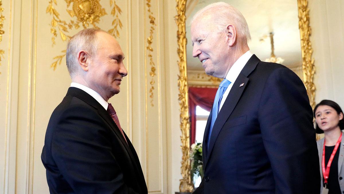 Саммит России и США в Женеве Джо Байден и Владимир Путин