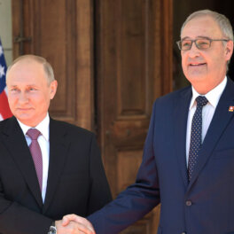 """""""Не ходит вокруг да около"""": президент Швейцарии рассказал о ценном качестве Путина"""