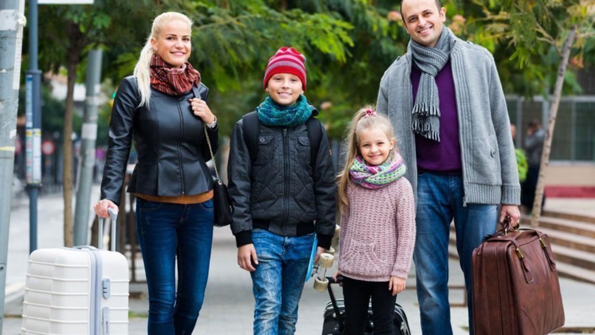 семья с детьми путешествие туризм