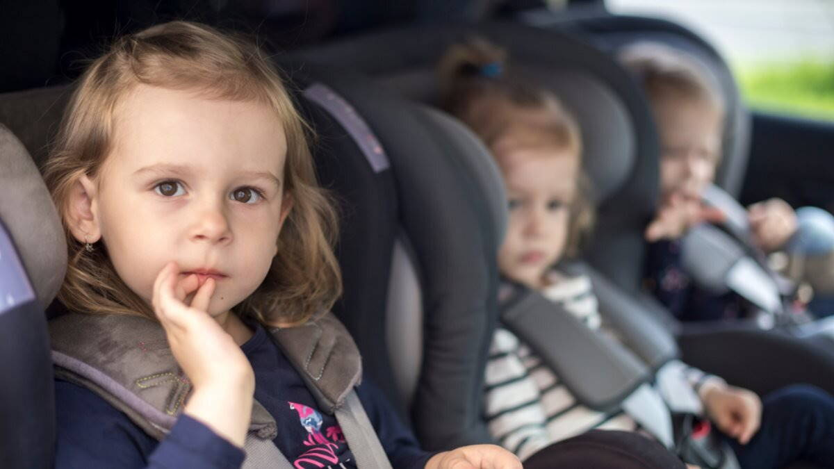 Детское кресло автокресло